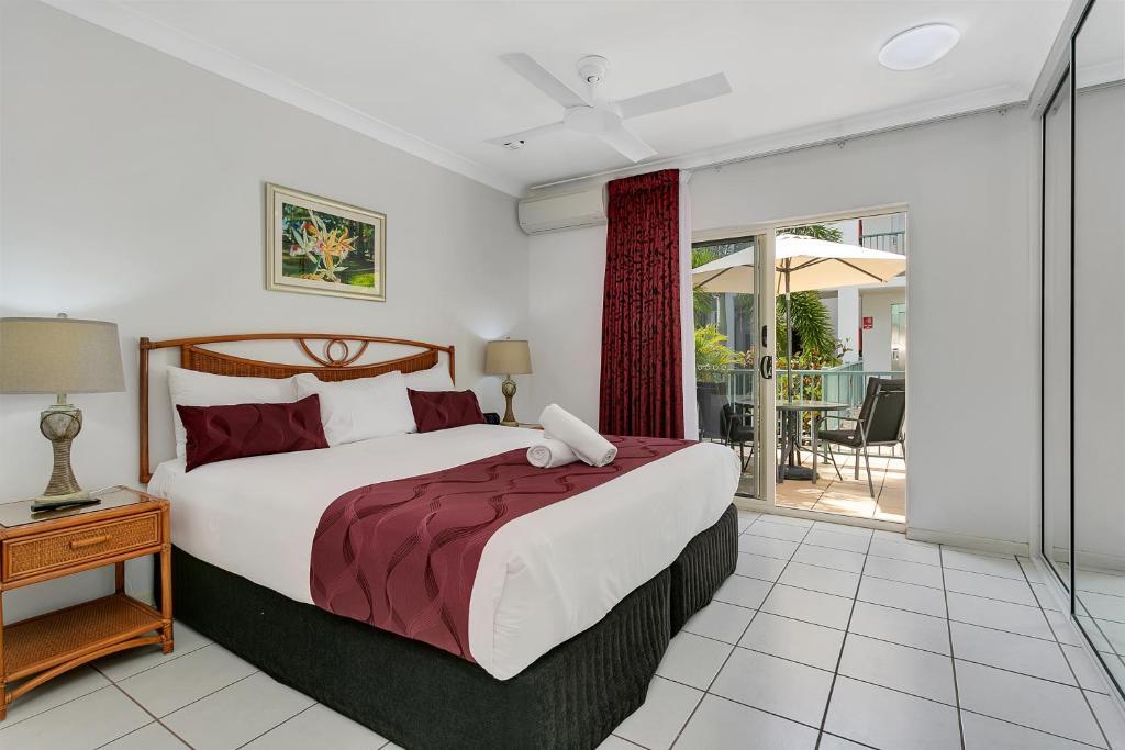 Main Bedroom  Tropical View