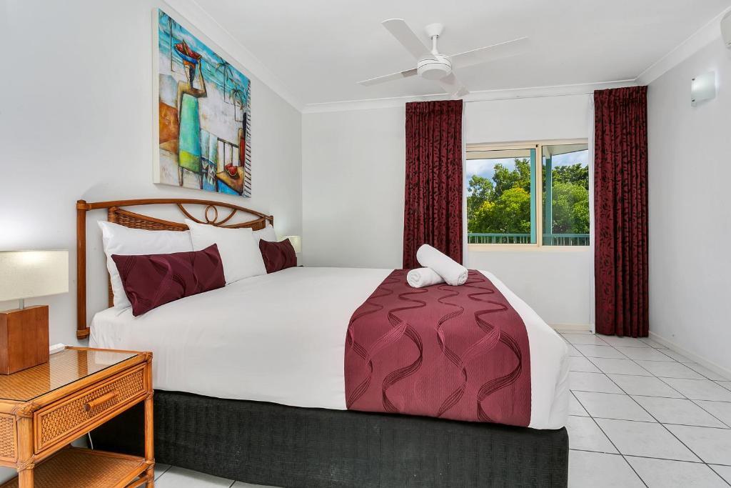 Main Bedroom Sea View Apartment