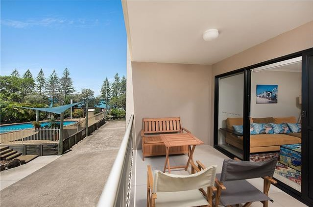 Superior Two bed, Two bath - Partial Ocean View