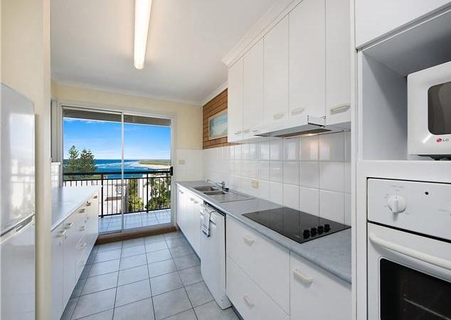 Three Bedroom Apartment - Full Ocean View