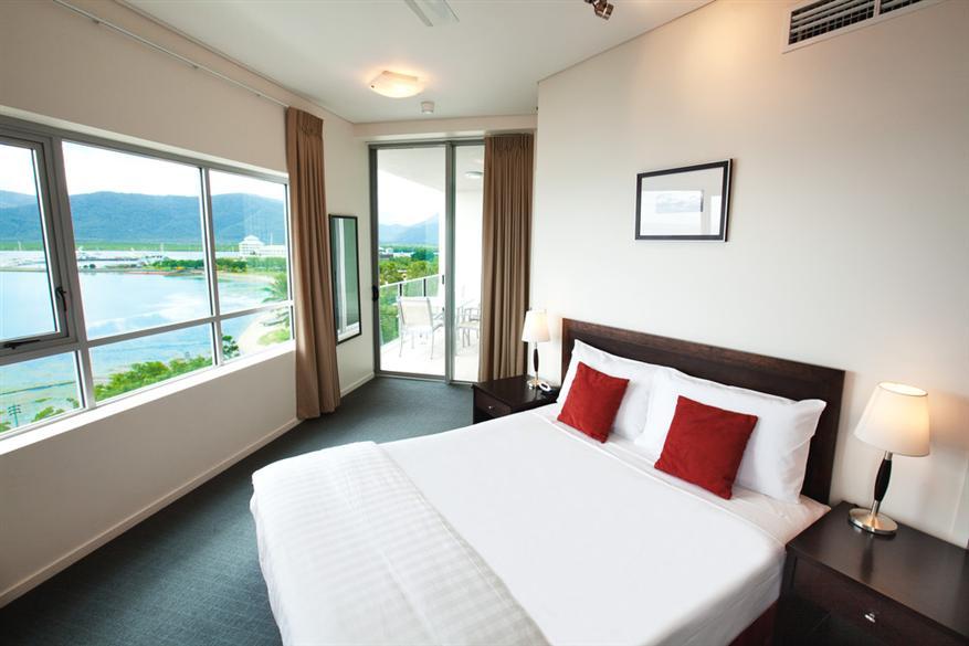Two Bedroom Ocean View Dual Key Apartment