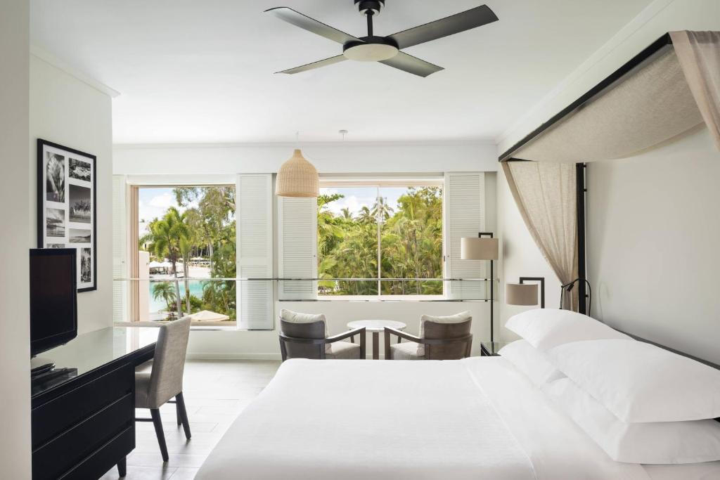 Guest King Room Lagoon View