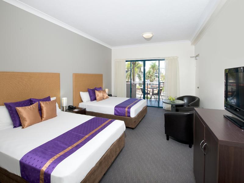 Superior Hotel Room with Balcony