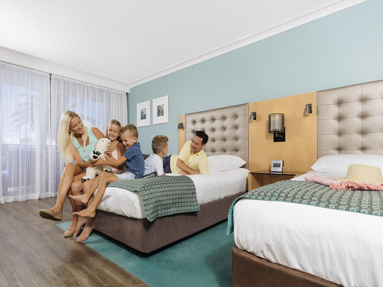 Resort Queen Room - BEAT THE CLOCK