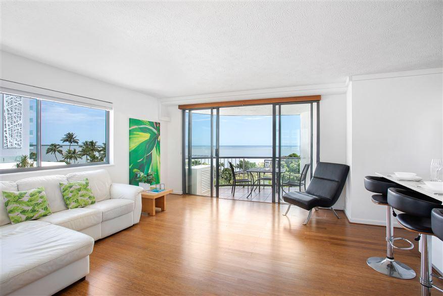 1 Bedroom Ocean Apartment