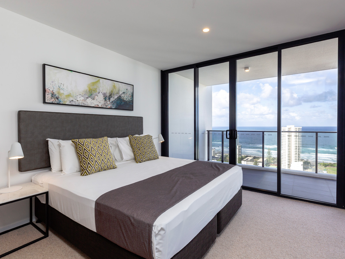 Two Bedroom Ocean View Apartment - SALE - 5 Night+